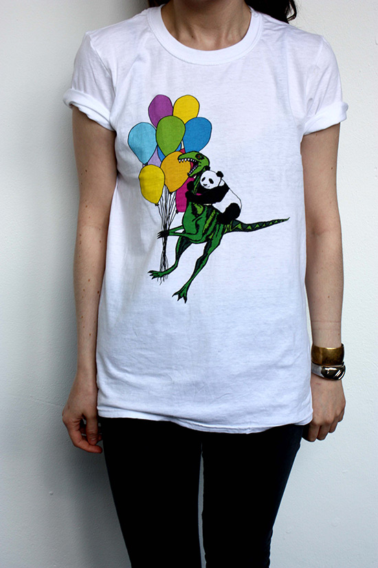 Dinosaur and panda with balloon printed t-shirt: how to promote your Etsy shop