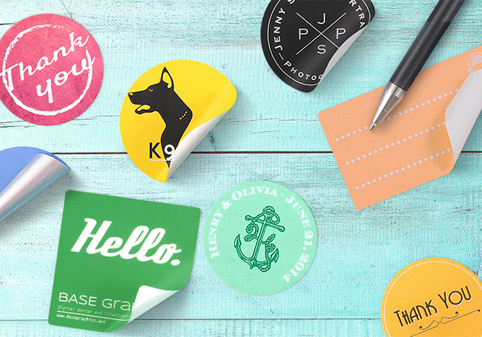 Stickers as accessories for Business cards: Business stationery trends 2015